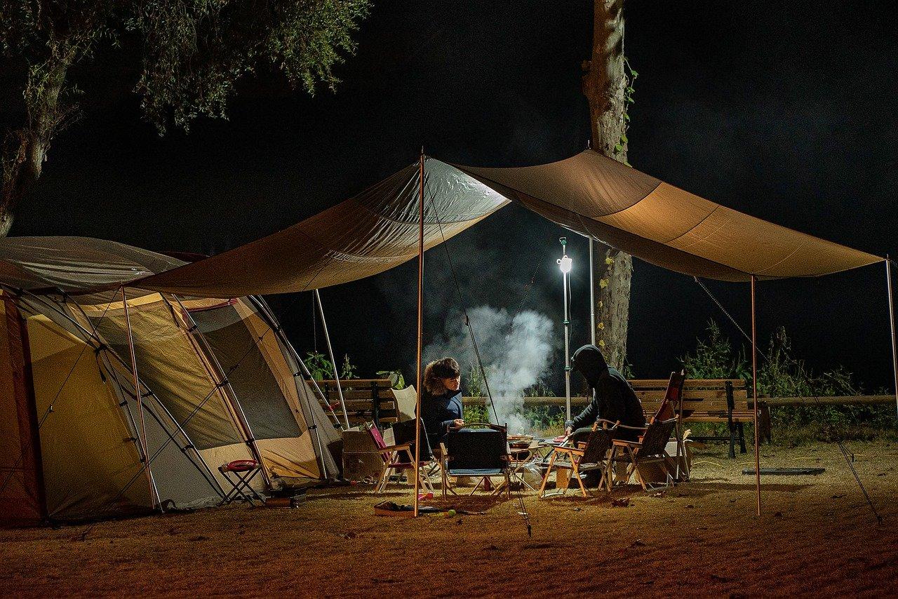 3 avantages à choisir un camping pour un séjour à Annecy